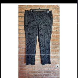 Attyre Black Pattern Pants